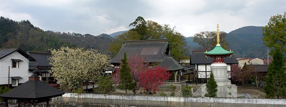 犠徳山 本覚寺